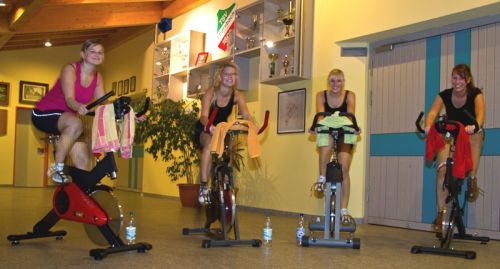 Indoor-Cycling Gruppe | Foto: H.-J. Bäuml